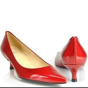 STUART WEITZMAN red kitten heels